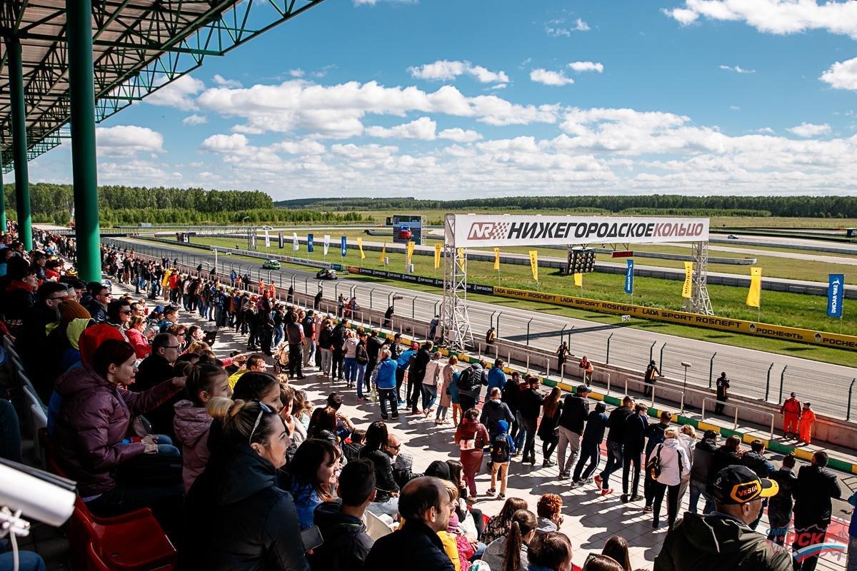 Более 13 тысяч человек посетили фестиваль скорости на «Нижегородском кольце» - фото 1