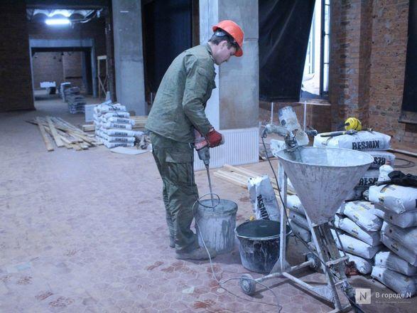 Инъекция для стен: как идет реставрация фасада нижегородской фабрики «Маяк» - фото 46