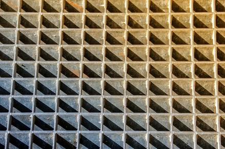 Дзержинский завод заплатит штраф за падение работника со смотровой площадки