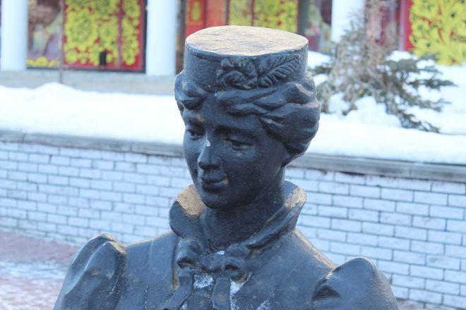 Материнство и любовь: каких женщин и за что увековечили в Нижнем Новгороде - фото 18