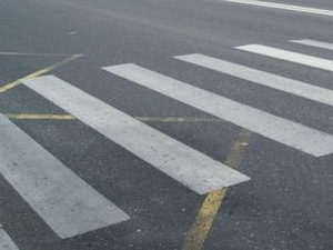 Иномарка сбила женщину на пешеходном переходе в Советском районе