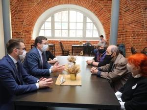 Легендарный художник Эрик Булатов приглашен на 800-летие Нижнего Новгорода