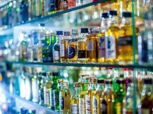 Почти 4000 бутылок поддельного алкоголя изъяли нижегородские полицейские