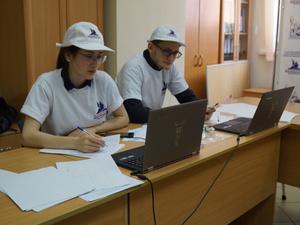 В школе № 109 Нижнего Новгорода врачи и пациенты пришли голосовать по одному реестру