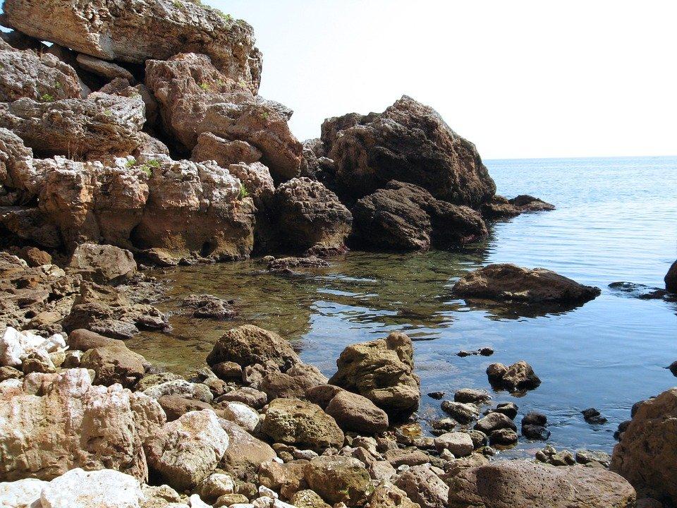 Кому придется платить курортный сбор в поездке на море этим летом - фото 3