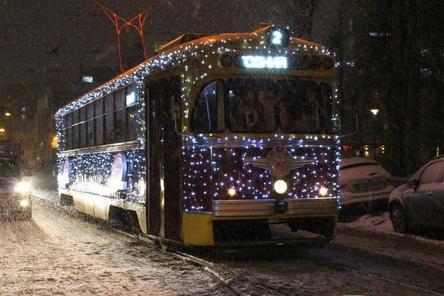 Новогодние трамваи нижегородцы могут отслеживать онлайн