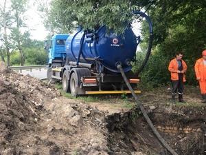 Водопровод на Московском шоссе начали перекладывать по просьбам жителей