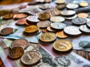 Более 700 семей в Нижегородской области получают ежемесячную выплату на первенца