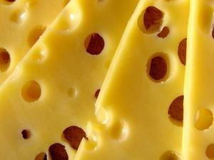Сырный вор украл из супермаркета в Нижнем Новгороде продуктов на девять тысяч рублей