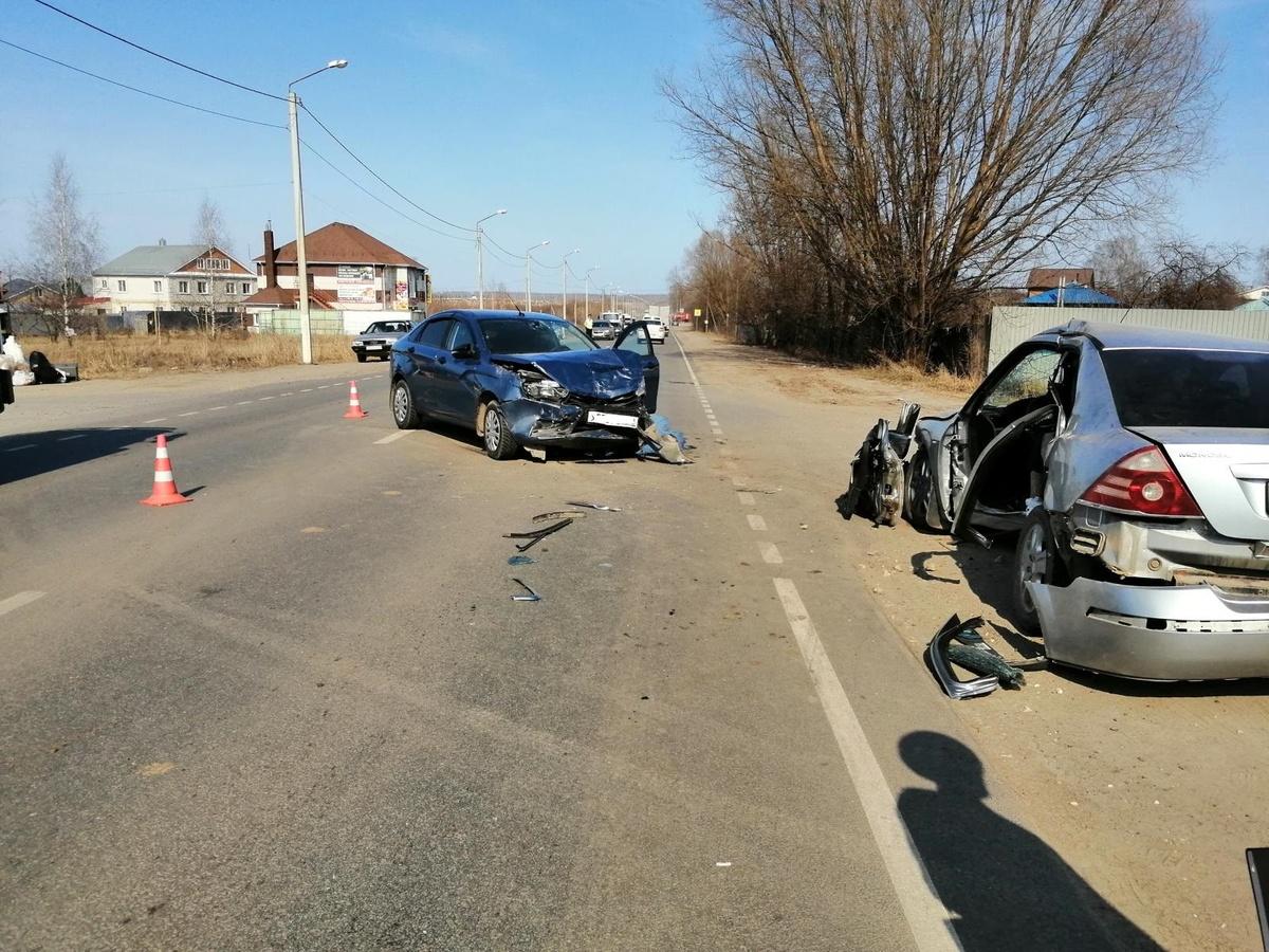 Водитель иномарки погиб в Павловском районе после встречи с «Ладой» - фото 1