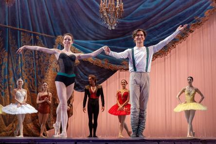 Артисты Большого театра дали гала-концерт на нижегородской сцене