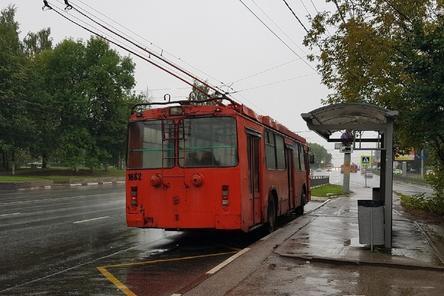 Движение троллейбусов по улице Варварской временно приостановили в Нижнем Новгороде